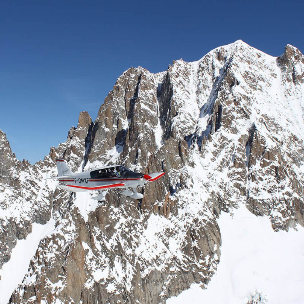 Avion survol glaciers