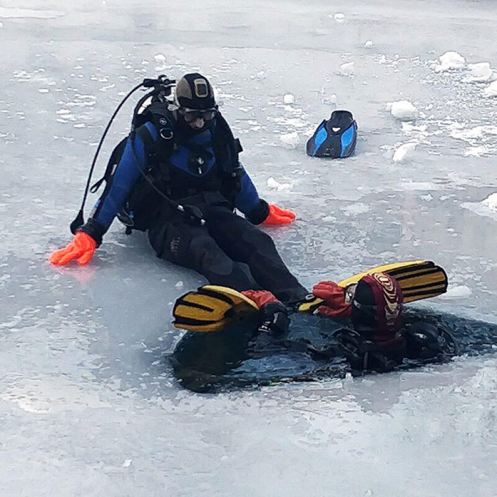Plongée sous glace Val Cenis