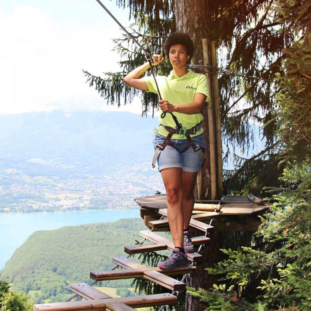 Accrobranche vue sur le lac d'Annecy