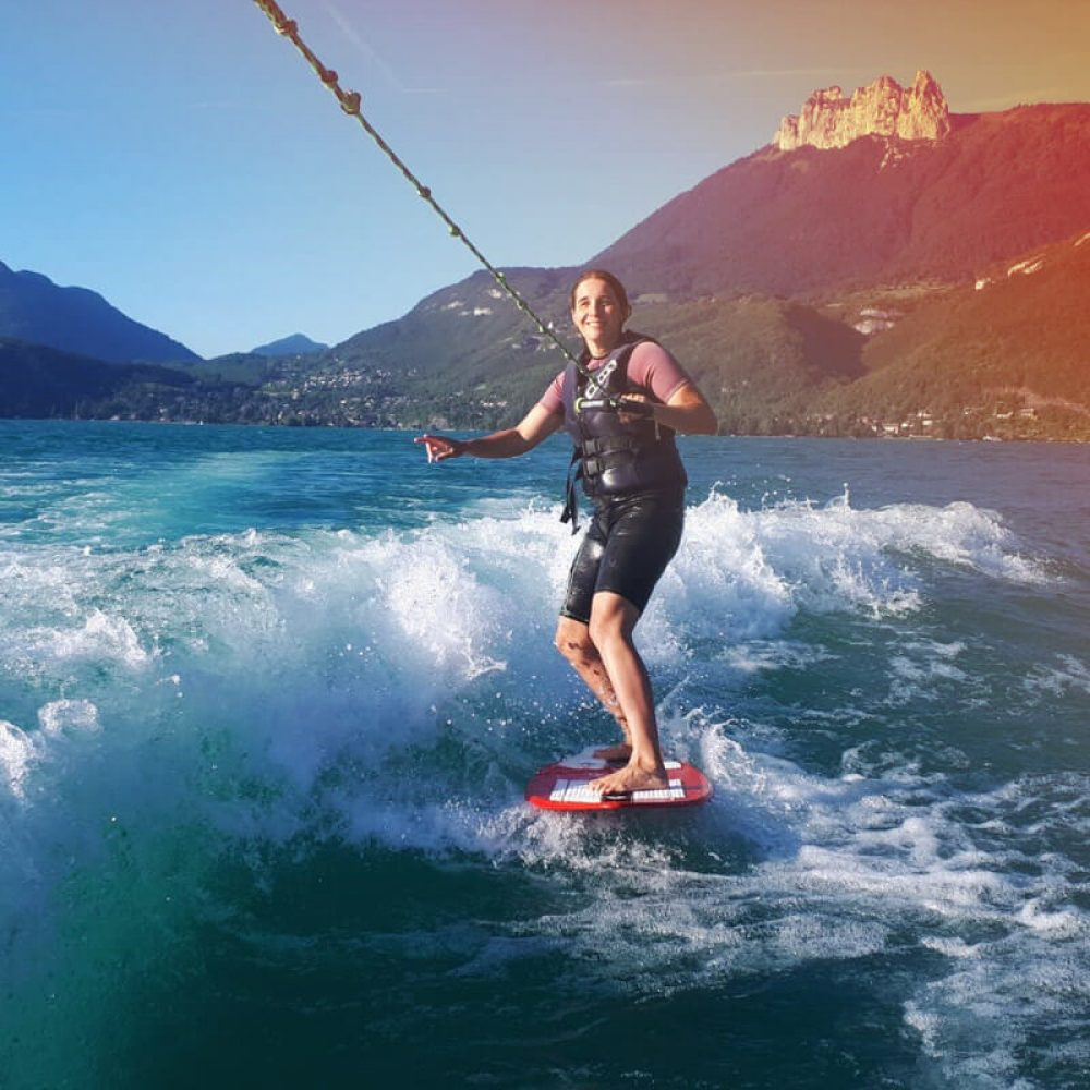 Session wakeboard au lac d'Annecy